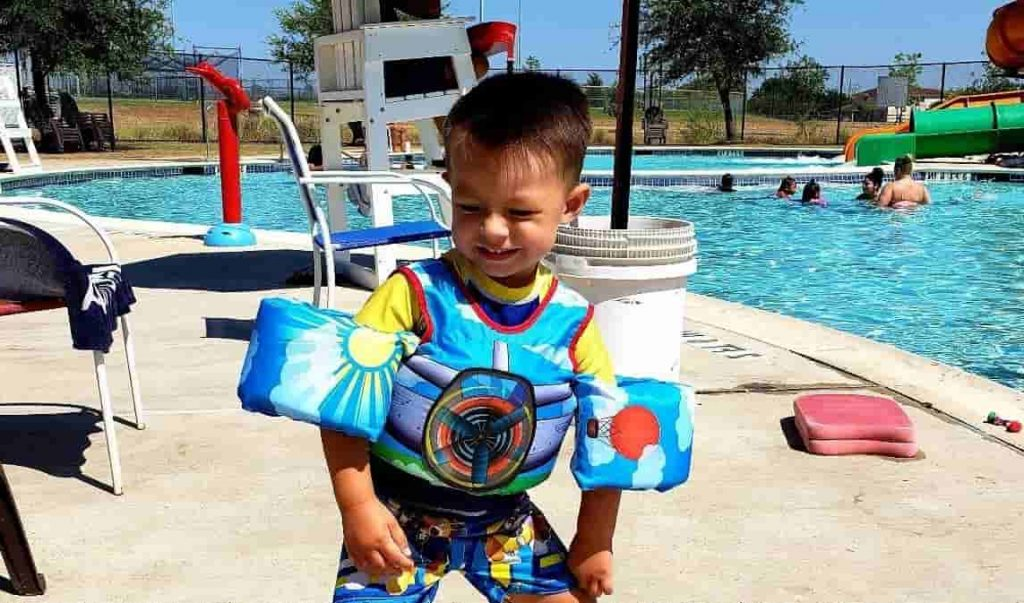 Best life jacket for 2 year old